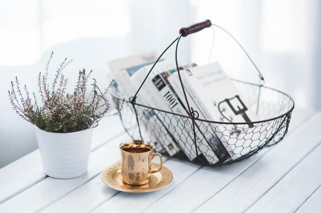 Tips Memotret Ala Bookstagram dengan Background Putih 1
